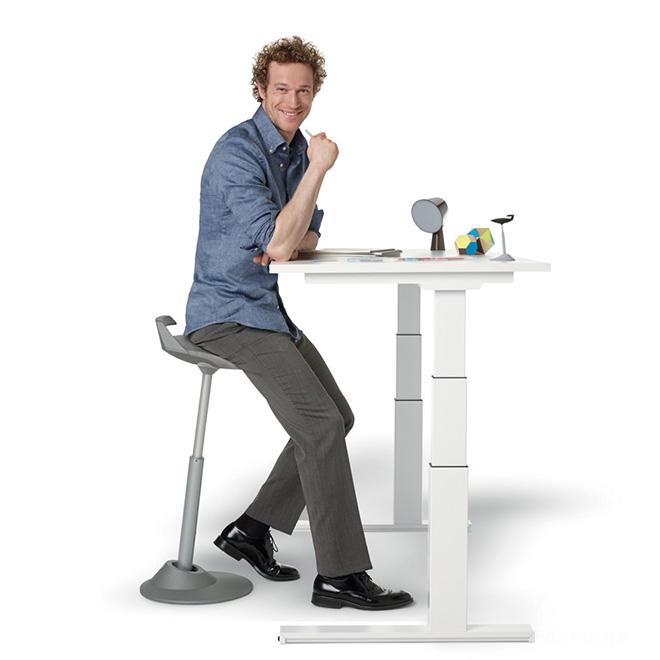 Biuro kėdės ir stalai
